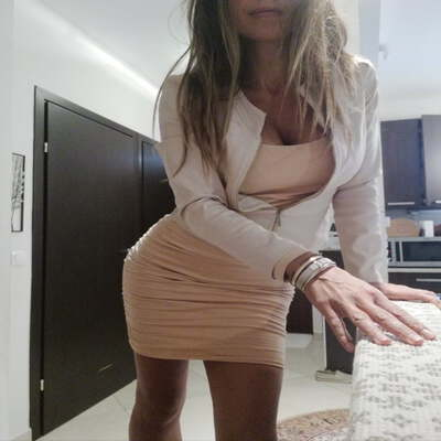 Sexdating met Djamillia, 37 jaar uit gelderland