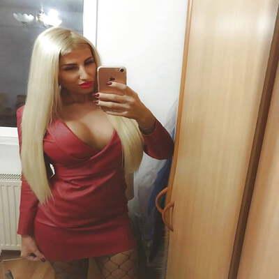 Sexdating met Liva, 28 jaar uit overijssel