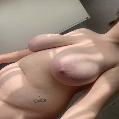 Sexdating met Afke, 21 jaar uit overijssel